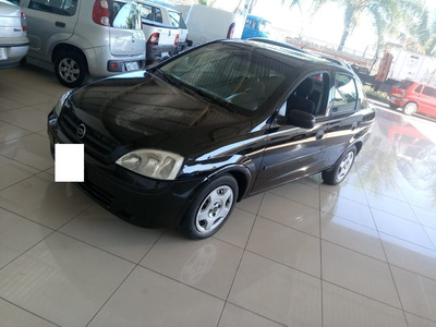 Chevrolet Corsa Sedan 2002/2003 Completo