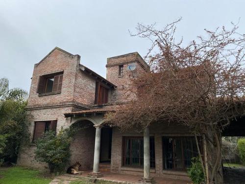 Parque Miramar, Casa Con Amplio Terreno