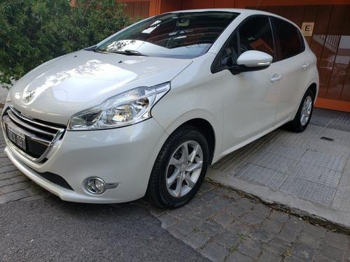 Peugeot 208 1.5 Allure Touchscreen 2014