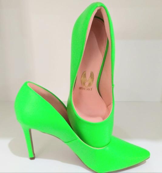 Sapato Neon Salto 7 Invoice. Sapato Invoice Original