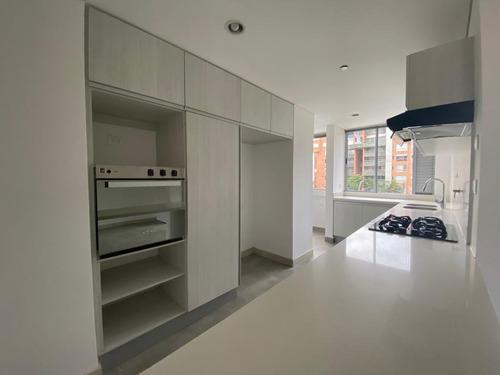 Imagen 1 de 14 de Espectacular Apartamento, Exclusiva Unidad Loma De Benedictinos