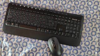 Teclado Inalámbrico Y Mouse Microsoft Compatible Smart Tv