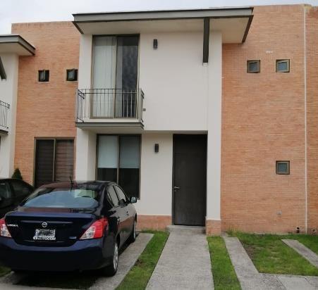 Casa En Renta En Puerta De Piedra, Corregidora, Querétaro