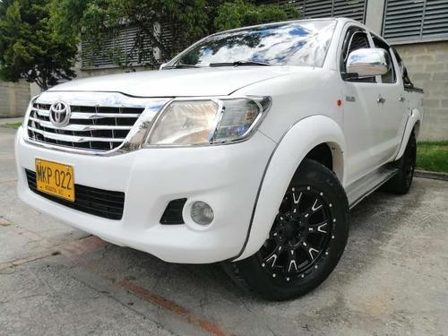 Toyota Hilux 2.500 Cc 4x4 Mt
