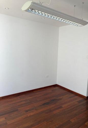 Imagen 1 de 10 de Oficina En Renta Zona Plaza Dorada De 16m2 Con Jardin