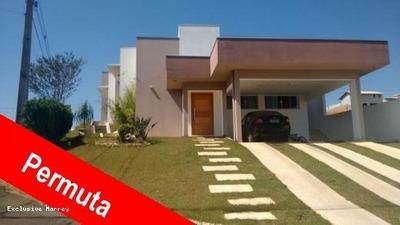 Condomínio Fechado Para Venda Em Bragança Paulista, 681 M² Área Total - 200 M² Área Cosntruída, 3 Dormitórios, 1 Suíte, 4 Banheiros, 4 Vagas - 1233