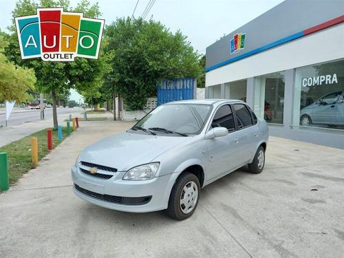 Chevrolet Corsa Super 2011 Gris Plata 4 Puertas