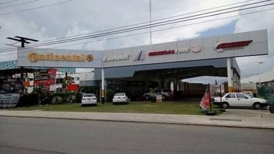Local Comercial Muy Amplio Sobre Av Xcaret Cancun