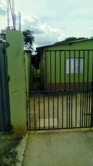 A Venda Casa Com 3 Dor Suite E Dep