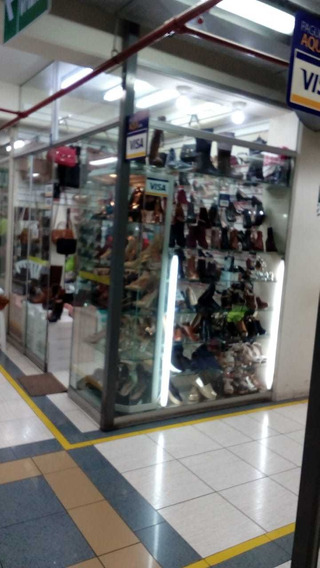 Stand Comercial En Galeria / Risso - Lince