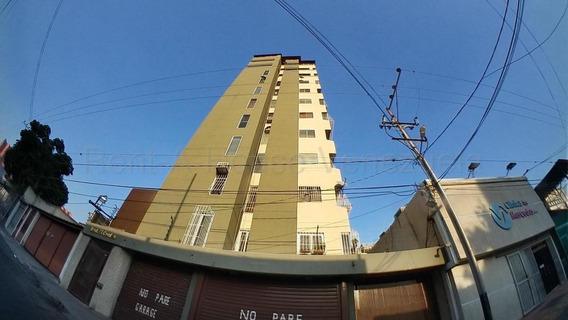 Apartamento En Venta Centro Lara Rahco