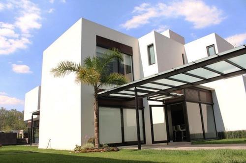 Hermosa Residencia En Renta!!
