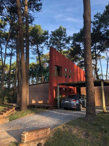 Estupenda Casa En Laguna Blanca- Ref: 35419
