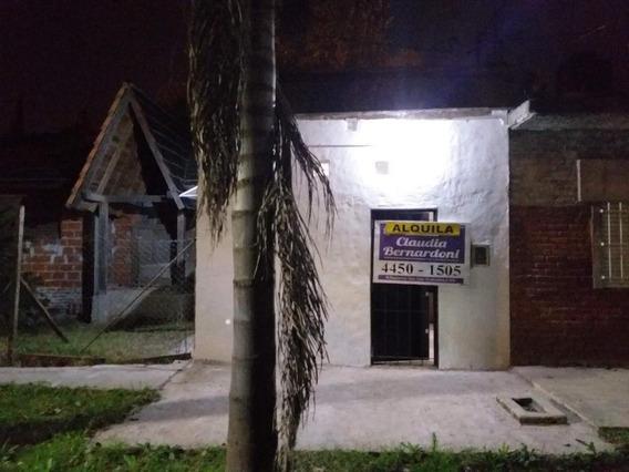Departamento Tipo Casa En Alquiler En Ituzaingo Norte