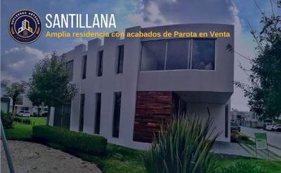 Amplia Residencia Con Acabados De Parota En Santillana