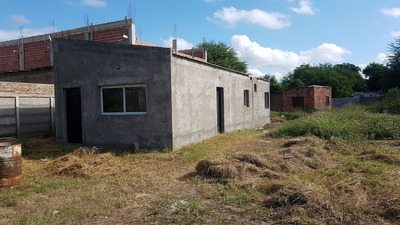 Casa En Barrio Reconquista