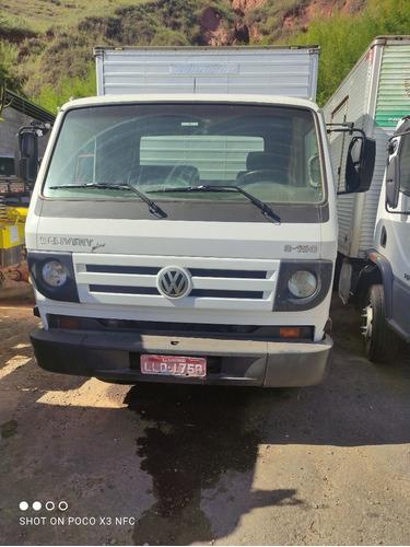 Imagem 1 de 6 de Vw 8-150 Delivery Plus 2011 Motor Cumins Bau File O Caminhao