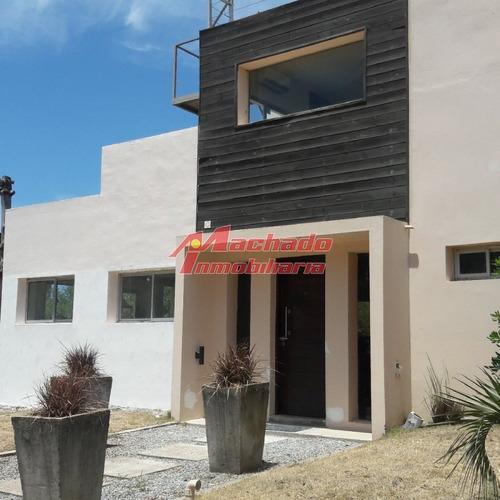 Casa En Manantiales, 3 Dormitorios *- Ref: 5942