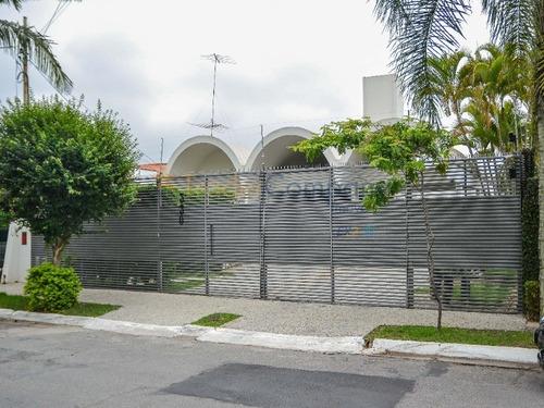 Morumbi( Jardim Guedala) Casa Com 350,00m² 3 Suites 4 Vagas Próximo A Rádio E Tv Bandeirantes Baixo Iptu - Ca00156
