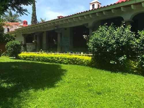 Casa Sola En Sumiya / Jiutepec - Ber-38-cs