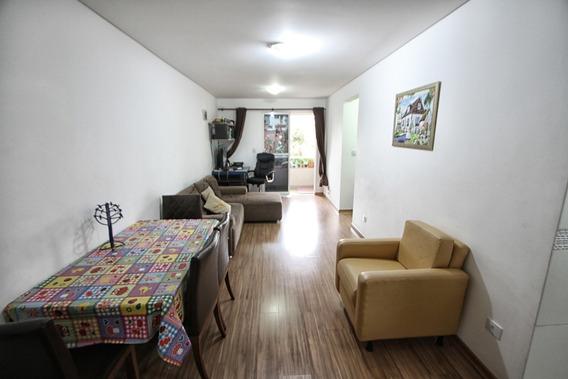 Apartamento Com 02 Dormitórios / 01 Suíte No Novo Mundo!!