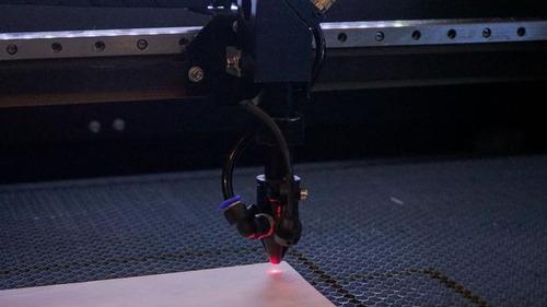 Imagem 1 de 4 de Corte E Gravação Laser