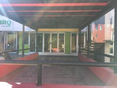 Local En Renta En Xalapa Ver, Zona Animas, Plaza Europa, Planta Baja 200 M2