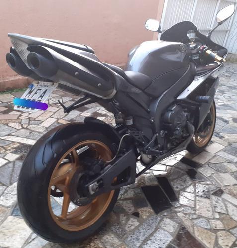 Imagem 1 de 2 de Yamaha R1  1000cc ( Motor Estragado)