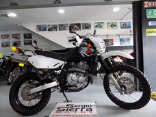 Suzuki Dr650 Negra 2016
