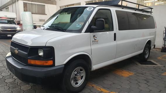 Chevrolet Express 6.0ls C 15 Pas At 2016 Oportunidad !!!