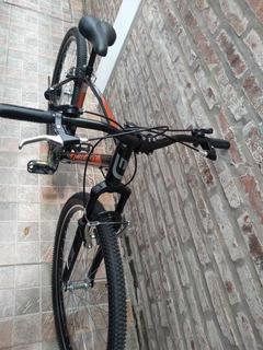 Bicicleta Mountain Bike R29 Suspención Delantera Futura