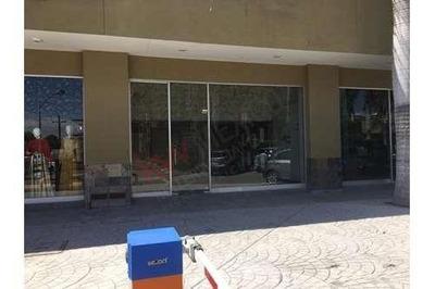 Local 2 Comercial En Renta Blvd Independencia, San Isidro, Plaza Independecia