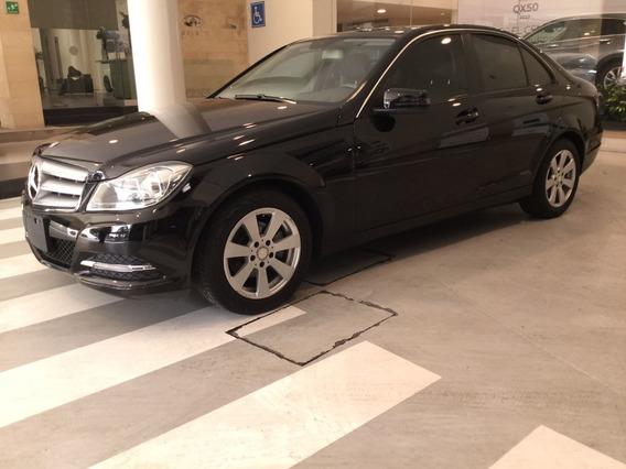 Mercedes Benz C-class 4 Puertas