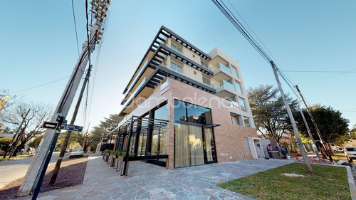 Imagen 1 de 11 de Departamento  En Venta Ubicado En Moreno, Moreno