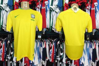 Brasil 2018 Camisa Titular Tamanho M. (b)