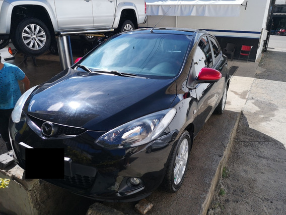 Mazda 2 Hatch Back Modelo 2009