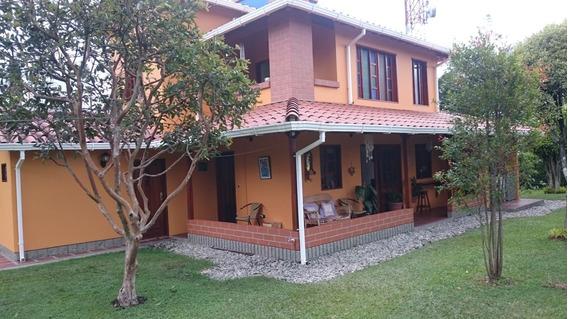 Hermosa Casa Finca En Rionegro, Sector Zona Franca.