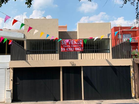 Oportunidad Casa Remodelada Frente A Parque