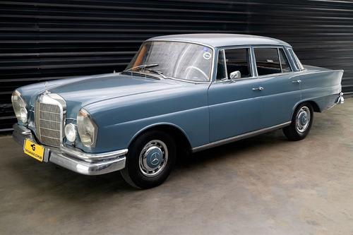 Imagem 1 de 13 de 1967 Mercedes-benz W110 230s