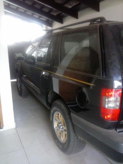 Blazer Executive V6 2001/2001 Câmbio Manual