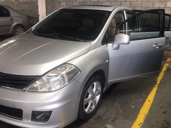 Nissan Tiida Premium Hb