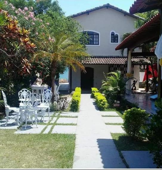 Casa Com Jardim, Lago E Piscina