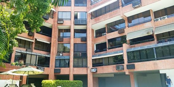Apartamento En Alquiler, Los Naranjos De Las Mercedes,279 Mt
