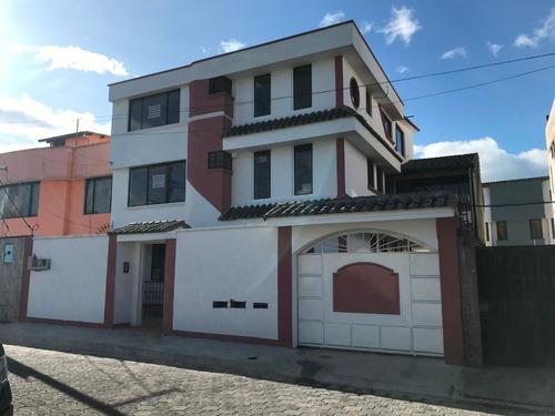 Imagen 1 de 9 de Departamentos Valle De Los Chillos