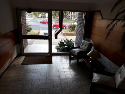 Apartamento Sobre Agraciada 2 Dormitorios Con La Mejor Vista