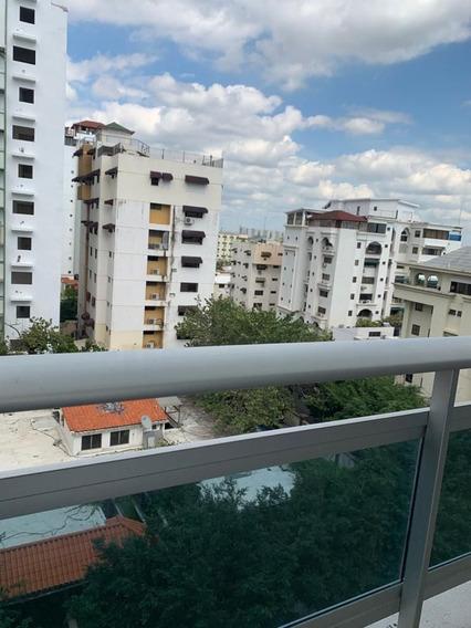 Apartamento En Venta De 1 Habitación En El Sector De Naco