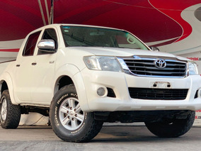 Toyota Hilux 2.7 Cabina Doble Base Mt 2013