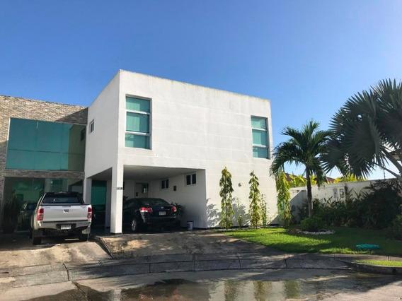 Casa En Venta En Costa Sur #20-93hel**