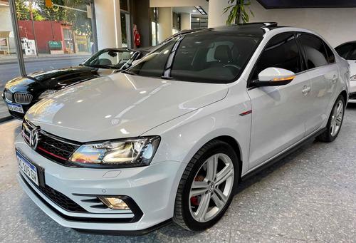 Volkswagen Vento 2.0 Gli App Connect + Vw 2018 Usados Vento