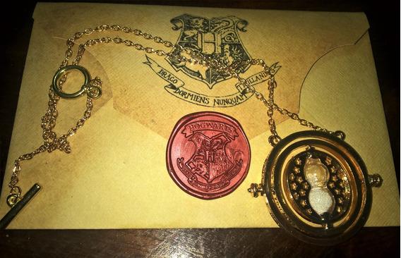 Colar Vira Tempo + Carta Hogwarts Personalizada + 3 Tatuagem